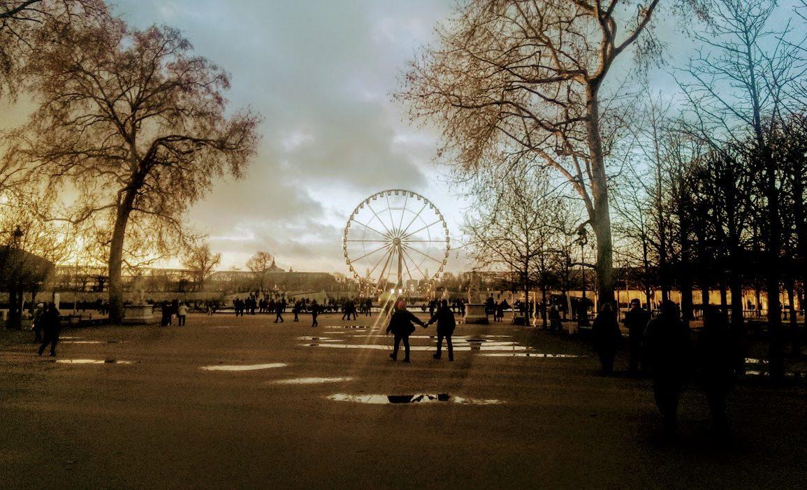 ferris wheel in Paris park